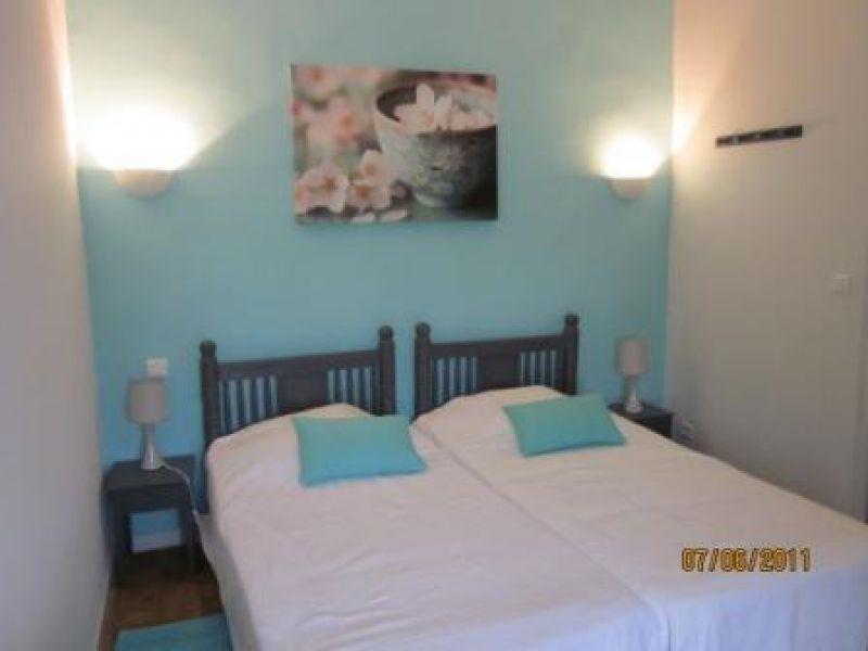 Les chambres la maison d 39 h tes chambres d 39 h tes en - Chambre bleu nuit ...